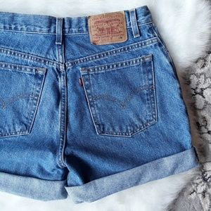 Pants - 90's LEVI High Rise 550 Relaxed Cutoff Jean Shorts